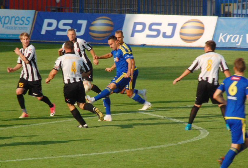 FK Graffin Vlasim vs Vysocina Jihlava